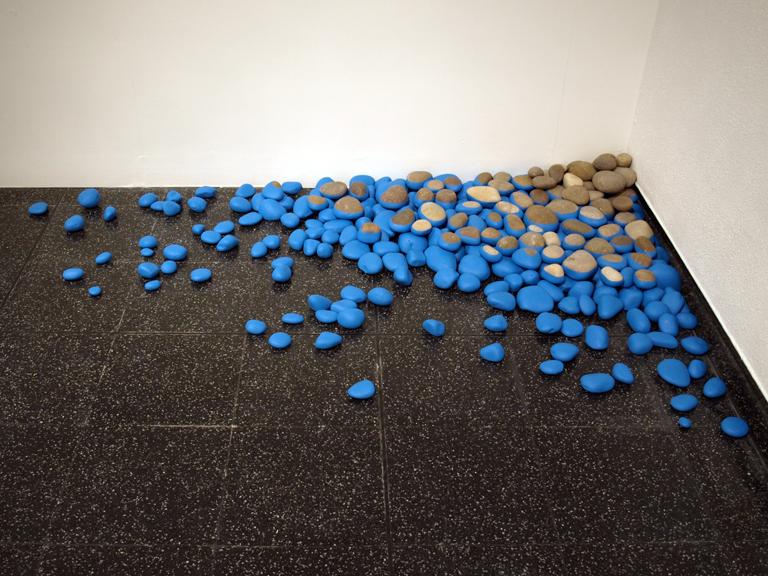 oona-culley-ebb-pebbles.01